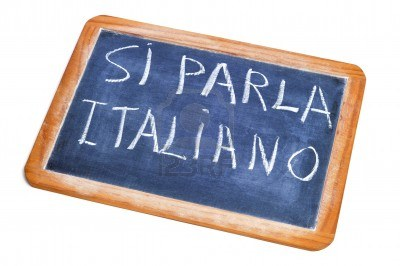 13869212-sentence-si-parla-italiano-italian-is-spoken-written-on-a-chalkboard